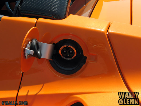 Tesla Roadster: Power Port